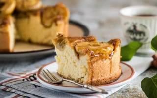 Шарлотка на кефире с яблоками: рецепты