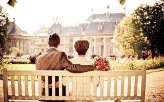 Выплаты юбилярам супружеской жизни в Москве в 2018 году: как оформить
