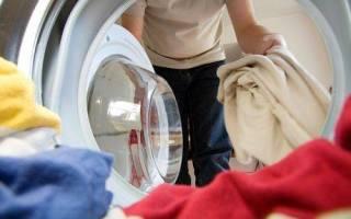 Почему после стирки белье неприятно пахнет и что с этим делать