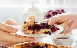 Песочный пирог с ягодами: рецепты