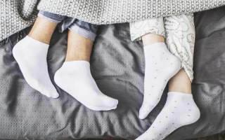 4 преимущества сна с луком в носках